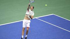 Даниил Медведев победи Евгений Донской в първия се мач след финала на US Open