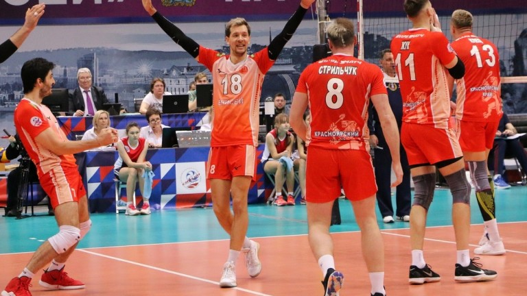 Посрещачът на българския национален отбор по волейбол Тодор Скримов попадна