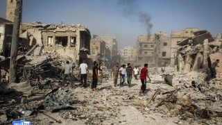 ДАЕШ си възвърна контрола върху два града от силите на Асад