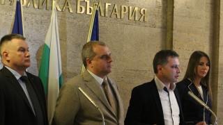ВМРО предлага замразяване на дълговете по кредити и крути мерки срещу фалшивите новини