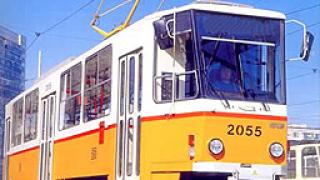 Нови тролеи и трамваи тръгват в София