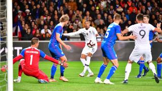 Франция се спаси от резил срещу Исландия, Ейолфсон от Левски си вкара автогол