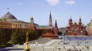Руски комунисти не пускат военни от НАТО на Червения площад