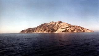 Oтвориха островът на Граф Монте Кристо за посетители