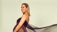 Секси тенисистка стана майка за първи път