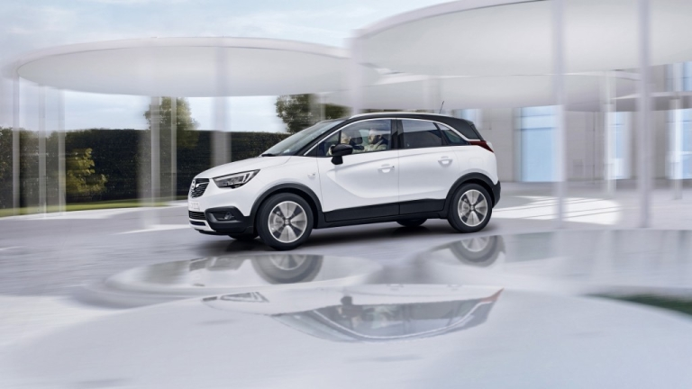 Opel показа новия си градски кросоувър Crossland X (ВИДЕО)