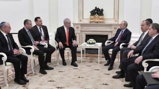 """Нетаняху и Путин обсъдиха """"сделката на века"""" за Близкия изток"""