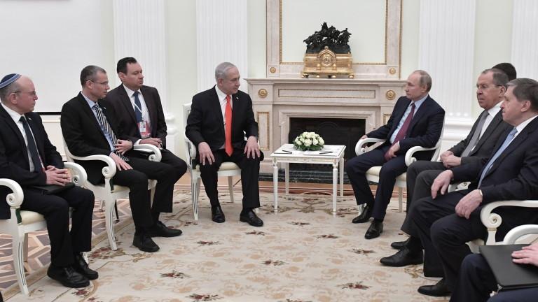 Премиерът на Израел Бенямин Нетаняху запозна руския президент Владимир Путин