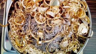 Заловиха над килограм контрабандно злато