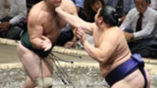Котоошу с четвърта поредна победа в Токио