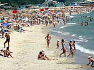7 плажа и 19 басейна във Варна вече работят
