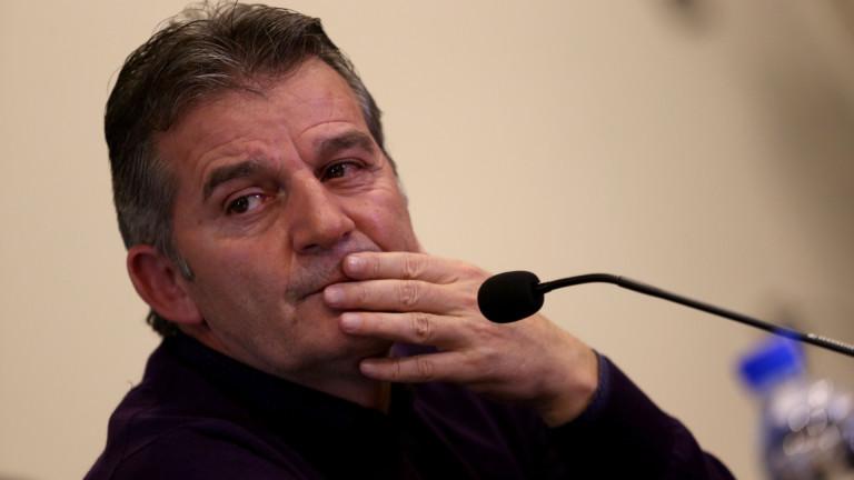 """Емил Костадинов пред ТОПСПОРТ: Ще се кандидатира ли за президент на БФС и очаква ли победа на """"лъвовете""""?"""
