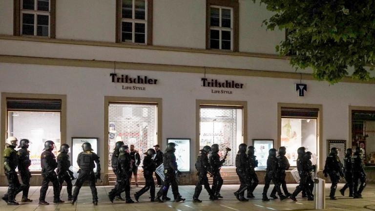 Меркел ужасена от бунта в Щутгарт