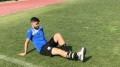 Гонзо продължава да чака Витиня, опитен защитник готов за игра