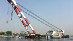 Десетки загинали след сблъсък между ферибот и товарен кораб в Бангладеш