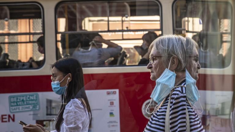 Коронавирус: Чехия с рекордно увеличение на случаите