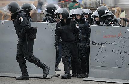 Обявиха за продажба съборения паметник на Ленин
