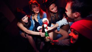 Заведенията били по-безопасни от купоните у дома за 8 декември и Нова година