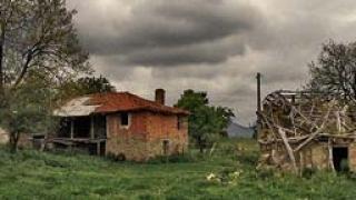 520 са безстопанствените сгради в Кърджалийско