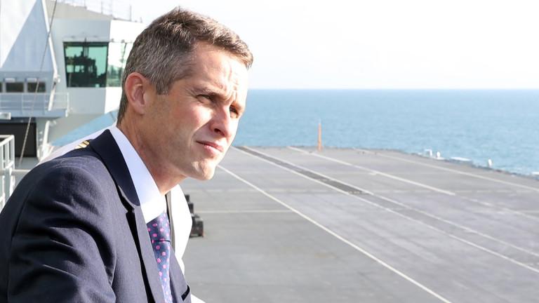 Британският министър на отбраната иска да се ловят и убиват британци-терористи