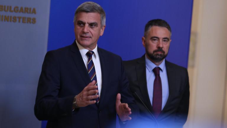Служебният премиер Стефан Янев няма да поиска оставката на енергийния