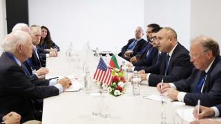 Президентът иска повече ИТ инвестиции от САЩ у нас