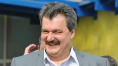 Бизнесмен иска 45 % от акциите на Левски