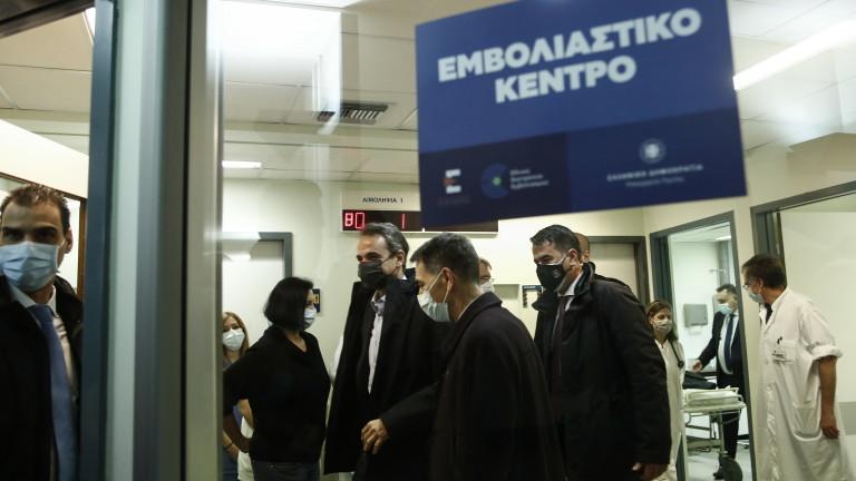 Гърция налага строга блокада в повече региони и я удължават в други