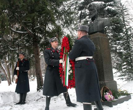 Непоказвани досега снимки на Христо Ботев излагат във Враца