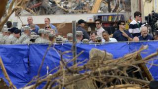Обама обеща помощ на пострадалите от торнадото