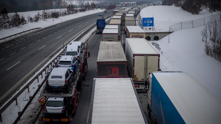 Германия не изключва да разшири контрола по границата си с