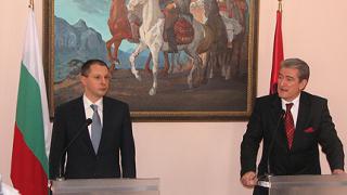 Станишев: Не можем да изнасяме ток за Албания