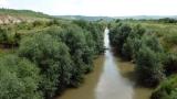 Прокуратурата разследва нов случай на замърсяване на река Осъм
