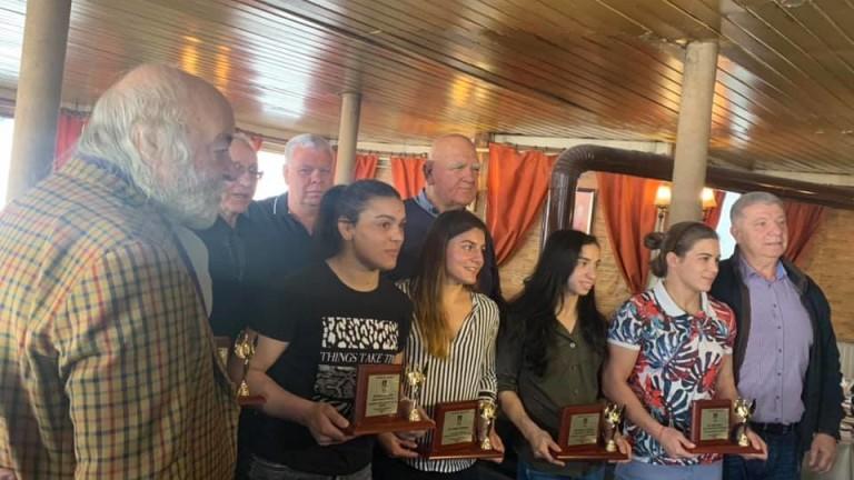 Европейските шампионки по борба Миглена Селишка и Мими Христова,