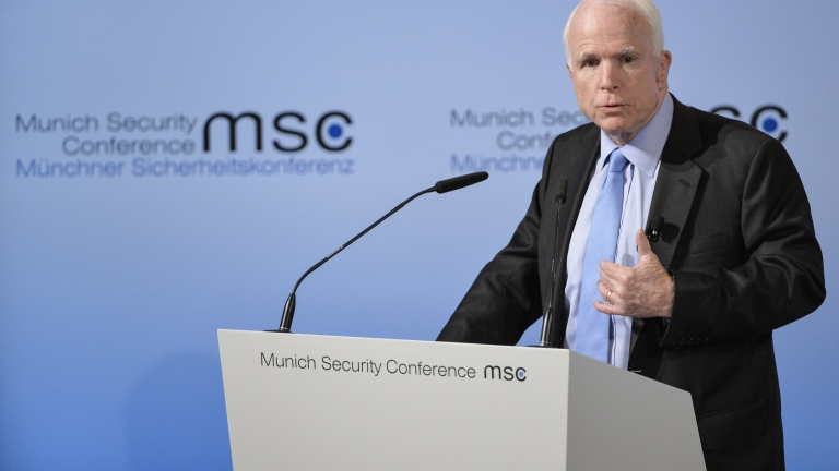 """Мюнхенската конференция по сигурността учреди награда """"Джон Маккейн"""""""