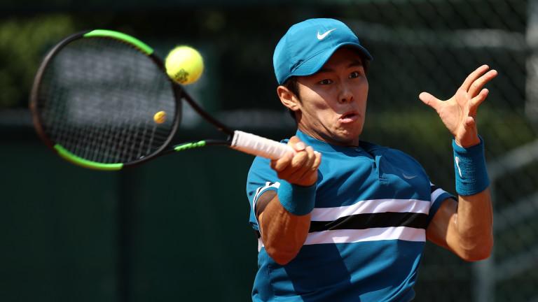 Корейският тенисист Дък Хи Ли e първият глухоням тенисист с
