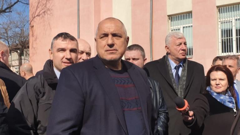 Пламен Узунов е най-чистият човек на президента - в кавички, уточни Борисов