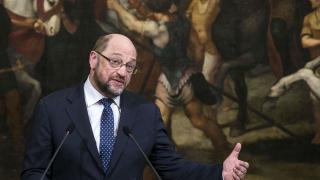 Шулц: Еврокомисията да се трансформира в правителство, подлежащо на контрол от ЕП