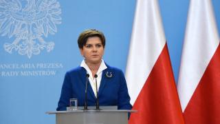 Полша започва доставки на газ от САЩ, за да намали зависимостта от Русия