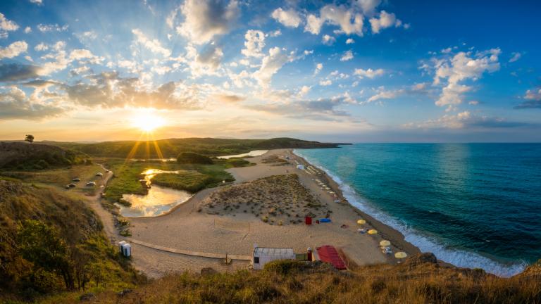Защо западноевропейците да изберат България пред Испания за море?
