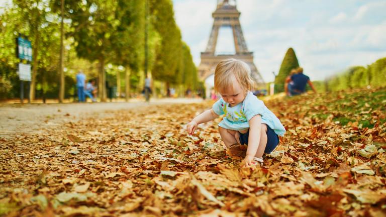 Броят на бебетата, родени във Франция през януари, е спаднал