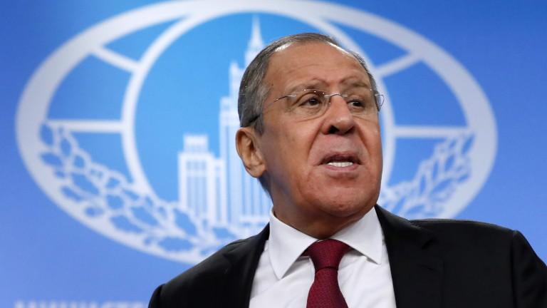 Лавров гневно отрича Тръмп да е руски агент