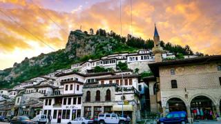 Новият национален превозвач на Албания прави първия си полет до края на...