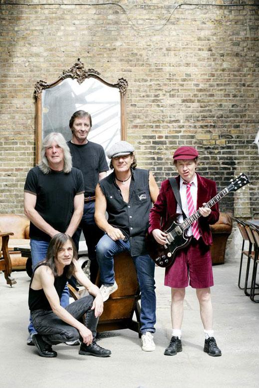 AC/DC са готови с новия си албум