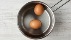 Защо да не хвърляме водата, в която сме варили яйцата