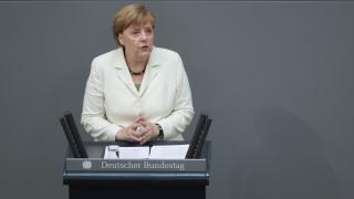 Меркел: Великобритания ще получи достъп до пазара на ЕС, само ако остави имигрантите