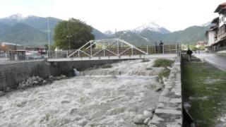 Обстановката в страната се успокоява след дъждовете