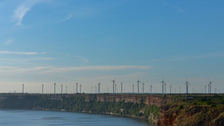 Вече една пета от всички мощности за производство на ток у нас са от ВЕИ