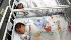 Момиче е първото родено бебе на 2014-та