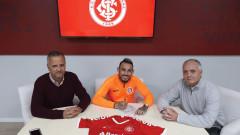 Бившият футболист на Лудогорец Натанаел се завърна в родината си